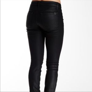 "Joe's ""The Skinny"" Black Coated Jeans"